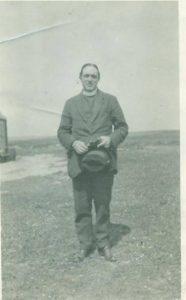 fr-willie-gilliesat-ardivachar-1922